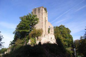 Über den Bühler Stein zur Burg Windeck