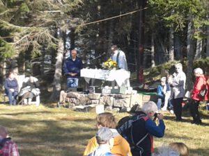 Zur traditionellen Bergmesse des Schwarzwaldvereins Bezirk Hornisgrinde auf den Mehliskopf